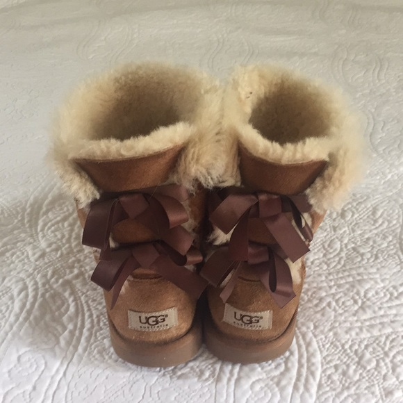 Chestnut Brown Bailey Bow Ugg Boots
